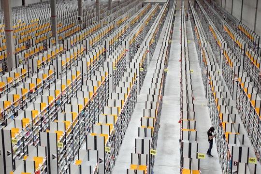 Centre logistique d'Amazon à Saran Source : Le Journal du Net